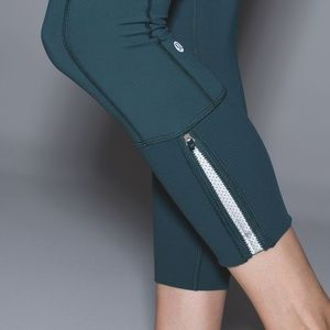 Lululemon Rebel Runner Dark Fuel Forage Teal